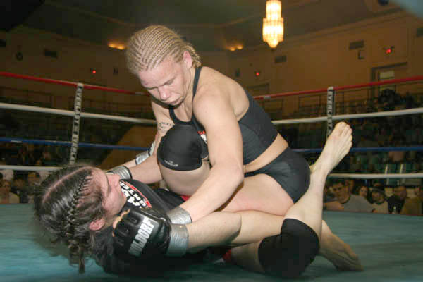 Ring of Combat 3.2005 - Laura D'August